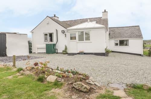 Big Cottages - Gwenallt