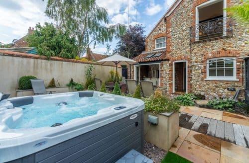 Big Cottages - Estcourt House