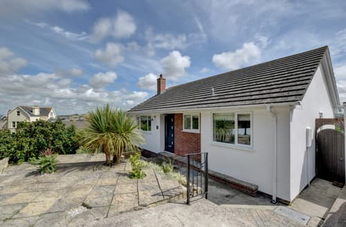 Last Minute Cottages - No. 1 Staddon Road