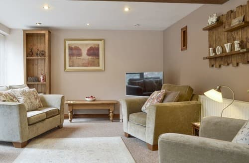Last Minute Cottages - Lilly Rose Cottage