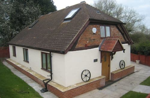 Last Minute Cottages - Romeo Cottage