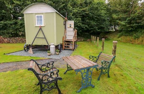 Last Minute Cottages - Shepherds Hut - The Crook