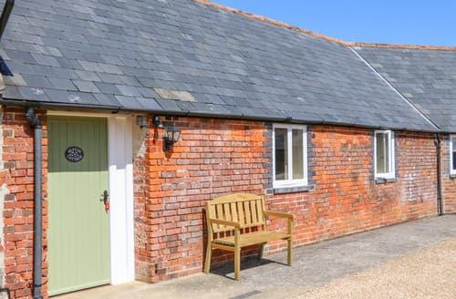 Last Minute Cottages - Blyton Cottage