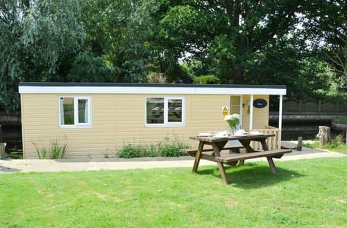 Last Minute Cottages - Olive - UK12694