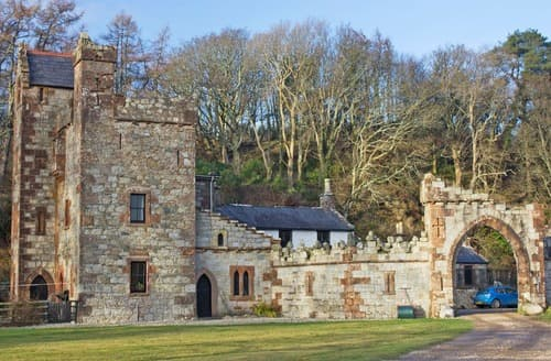 Last Minute Cottages - The Tower-UK11954