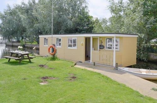 Last Minute Cottages - Halcyon - UK12696