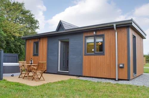 Last Minute Cottages - The Fez - UK12471