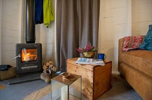 Last Minute Cottages - Bonnie (Glamping Bothy), South Laggan