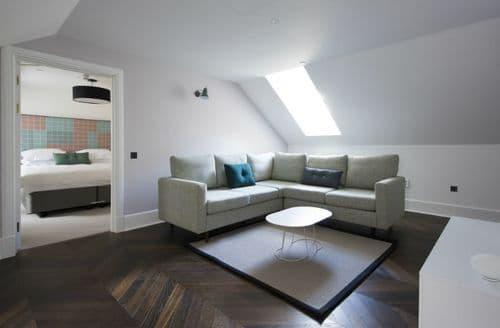 Last Minute Cottages - Lews Castle 2 Bed Apartment - Standard, Stornoway