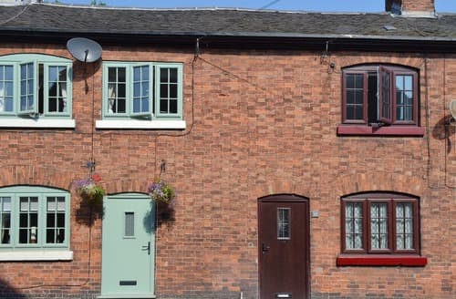 Last Minute Cottages - Churnet Row Cottage