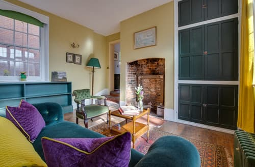 Last Minute Cottages - Candler's Lane