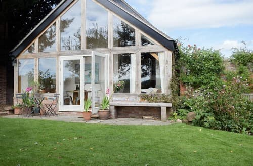 Last Minute Cottages - The Garden Retreat