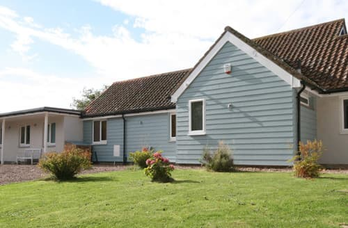 Last Minute Cottages - Willow House