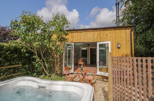 Last Minute Cottages - Hen House View
