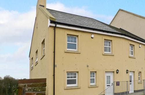 Last Minute Cottages - Inviting Newton Stewart Cottage S5495