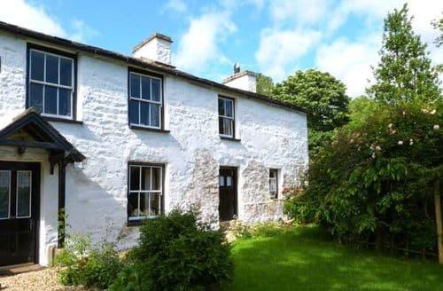 Last Minute Cottages - Hill Farm House