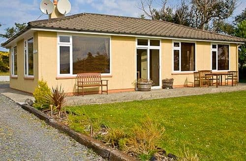 Last Minute Cottages - Cosy  Greine S5648