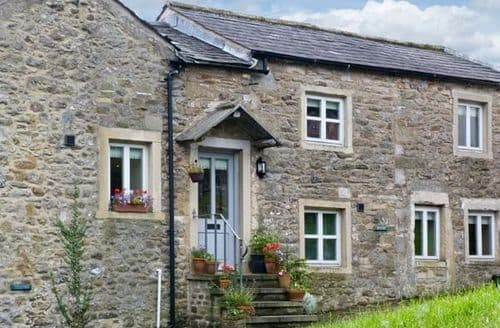 Big Cottages - Tasteful Settle Cottage S3924