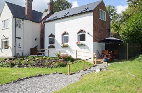 Last Minute Cottages - Wokken Lodge