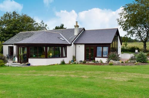 Last Minute Cottages - Bynach