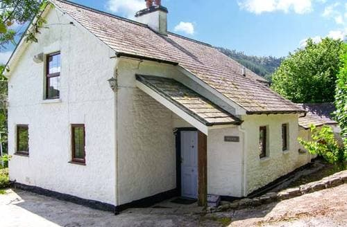 Last Minute Cottages - Wern