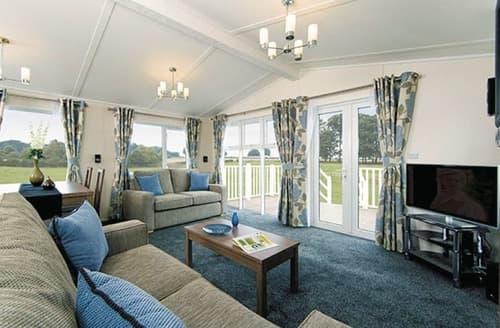 Last Minute Cottages - KI 2 Bed Platinum Lodge (Sat)