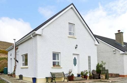 Last Minute Cottages - Straboy Garden Cottage
