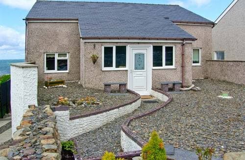 Last Minute Cottages - Beautiful Llwyngwril Rental S5612