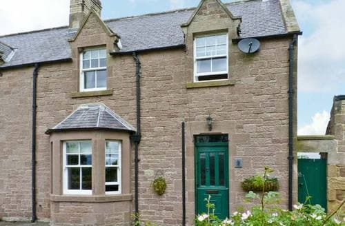 Last Minute Cottages - Charming Duns Cottage S5621