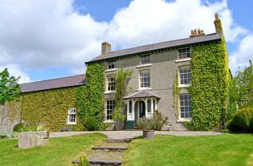 Big Cottages - Attractive Ruthin House S5673