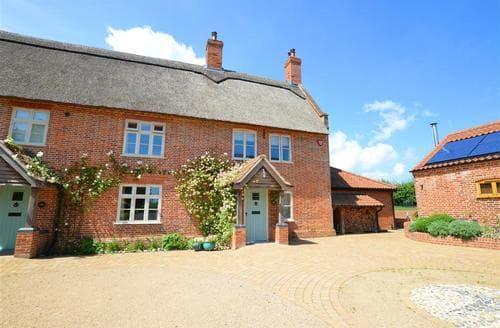Last Minute Cottages - Adorable Ludham Rental S11723