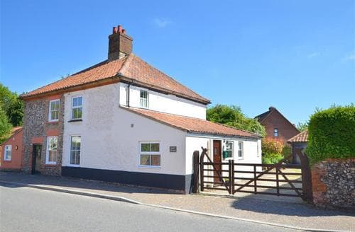 Last Minute Cottages - Gorgeous Bawdeswell Rental S11906