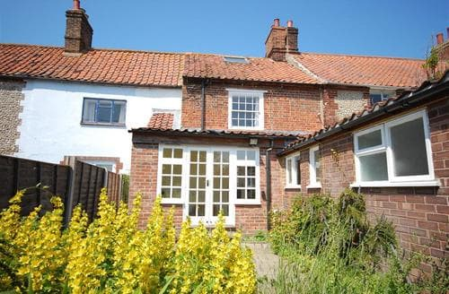 Last Minute Cottages - Gorgeous Cley Rental S11862