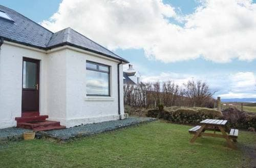 Last Minute Cottages - Adorable Portree Rental S5731