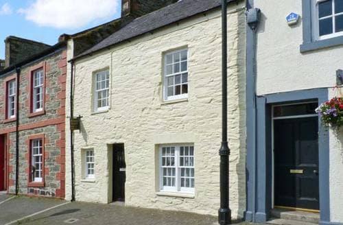 Last Minute Cottages - Priory Croft