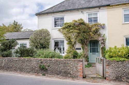 Last Minute Cottages - Manor Lodge , Walberswick