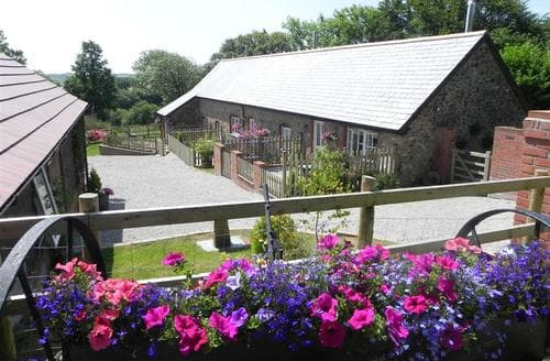 Last Minute Cottages - Tregoose Cottage