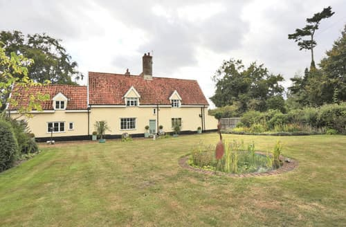 Last Minute Cottages - The Old Manor