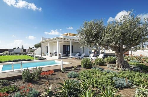 Last Minute Cottages - Casa Maggiorana