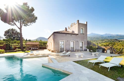Last Minute Cottages - Villa Rossi