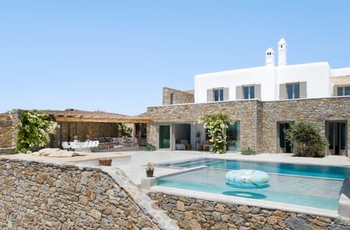 Last Minute Cottages - Villa Ixos