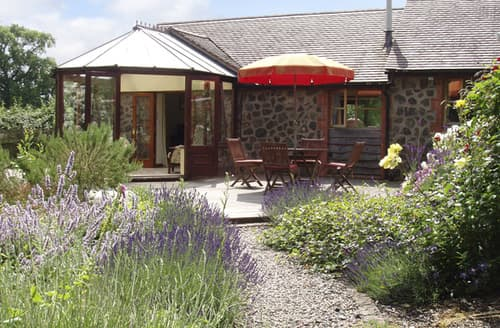 Last Minute Cottages - Rickyard Cottage