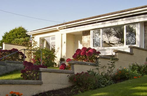 Last Minute Cottages - 1 Mirehouse Place