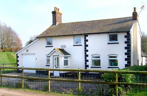 Last Minute Cottages - Bridge Farmhouse
