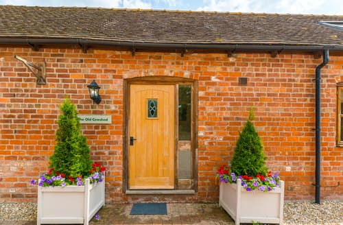 Last Minute Cottages - The Olde Cowshed
