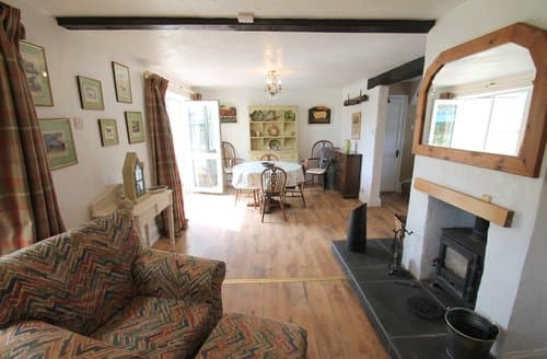 Last Minute Cottages - Brook Cottage, Challacombe