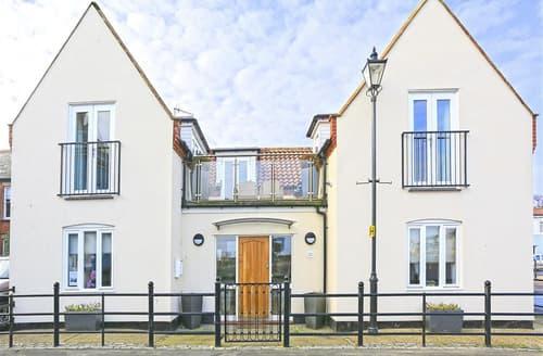 Last Minute Cottages - Aldeburgh Beach House