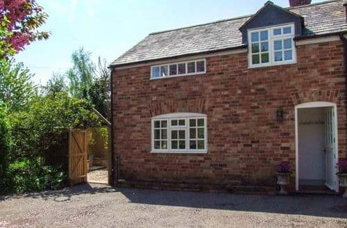 Last Minute Cottages - Delightful Halford Cottage S50545