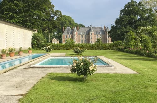 Last Minute Cottages - Chateau Trois Tours