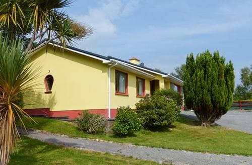 Last Minute Cottages - Superb  House S5880